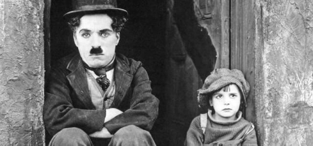 Non troverai mai arcobaleni se continuerai a guardare in basso. -Charlie Chaplin- Con merito, ma poeticamente abita l'uomo su questa terra. E non si tratta solo dell'estro ispirativo del poeta […]