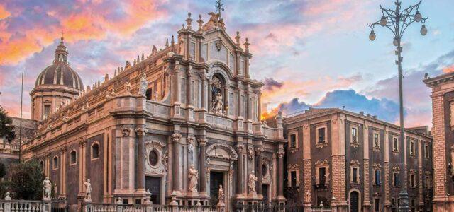 Nel ventunesimo secolo si aggira tra le vie delle città italiane un essere speciale, Bignomo è il suo nome. Arriva dalla Libia e appare come un esserino piccino piccino, è […]