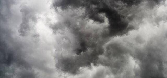 «Poi veniva la brutta stagione. Alla fine dell'autunno, in un solo giorno, cambiava il tempo» (Festa Mobile, Ernest Hemingway) Pioveva, pioveva a dirotto e a sorpresa. Era venerdì e per […]