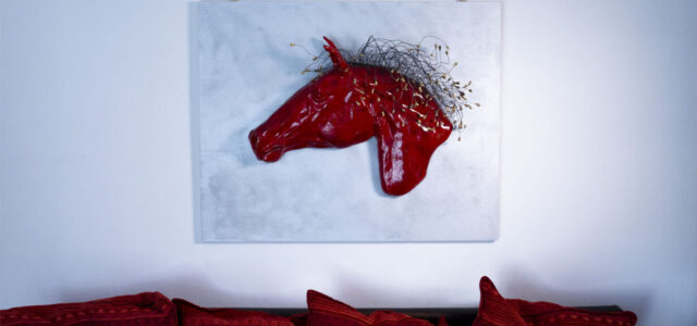 gioco di specchi e rimandi tra artista e spettatore L'artista che vi presento è Katrin Pujia, artista che ha esposto presso la Gallery Web Art Treviso, Arte Fiera Dolomiti Longarone, […]